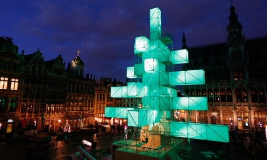 Just a modern Christmas tree? (photo: Reuters)